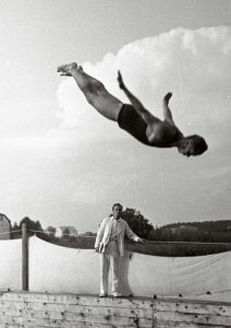 Ujumisvõistlus Pirita jõel asuvas Kalevi basseinis