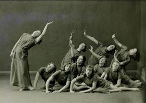 Ida Urbeli karaktertantsurühm